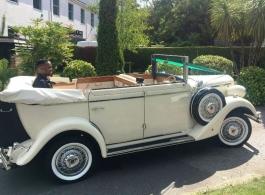 Vintage wedding car hire in Crawley